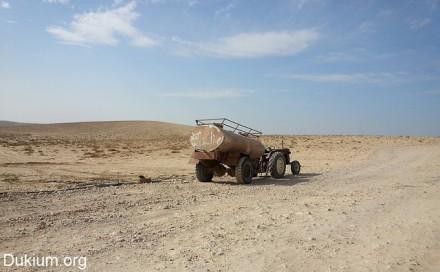 מיכלית מים בכפר הבלתי מוכר סואוין